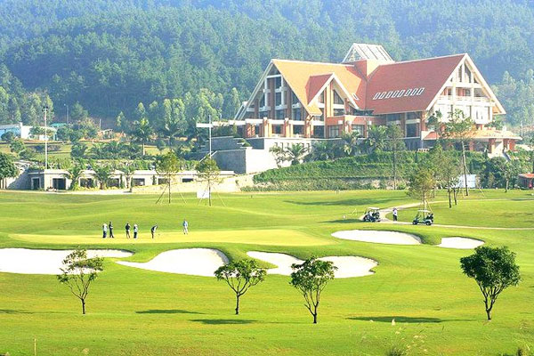 Vietnam Golf Holidays 16 Days