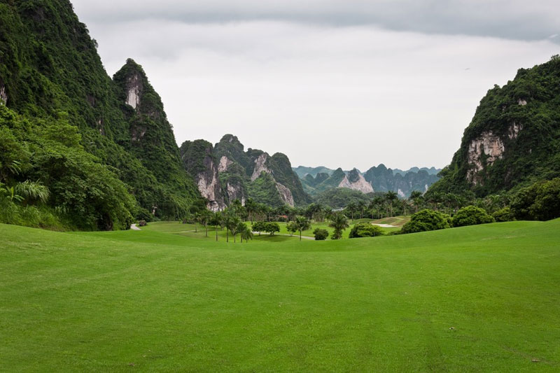 Vietnam Golf Holidays 9 Day Hanoi in Danang